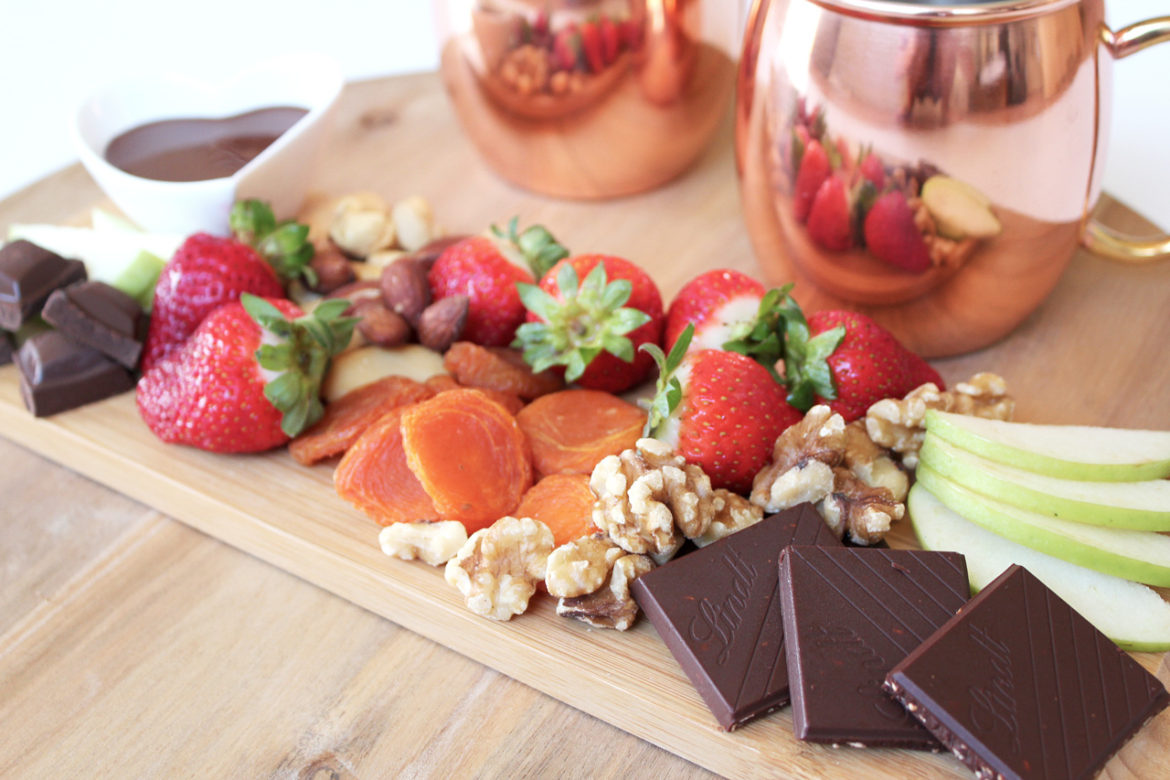 Fruit and nut throw-together platter
