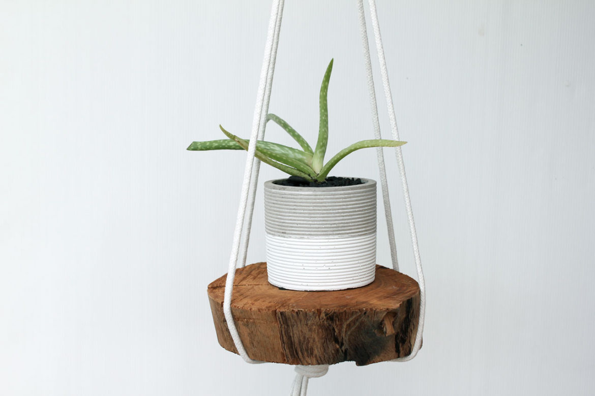 Quick DIY- Rope Hanging Planter | Dossier