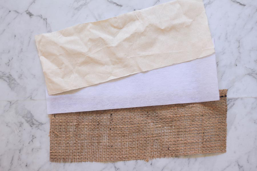 Burlap tote base with interfacing and calico for inner lining | Dossier Blog