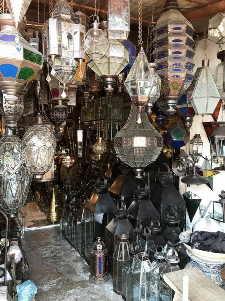 There are amazing glass pendant lights to be found in Bali. Learn how to barter and where the best places to shop are!
