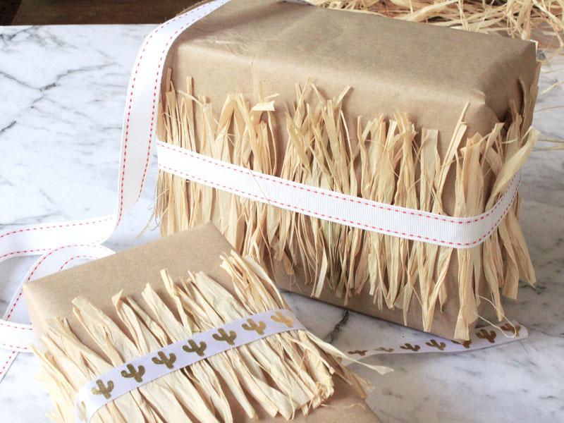 12 DIYs of Christmas - Raffia Ribbons   Dossier Blog