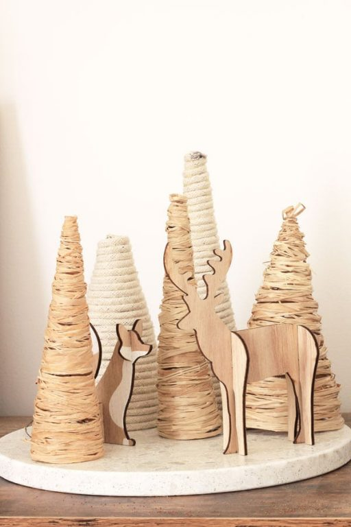 12 DIYs of Christmas - Raffia & Rope Trees | Dossier Blog
